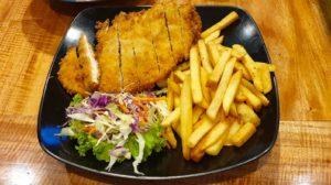 krabi railay walkingstreet クラビ  ライレイ地区 ウォーキングストリート ファミリーレストラン