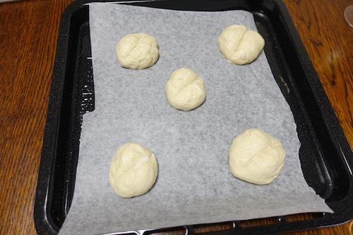 白パンを焼いてみました。