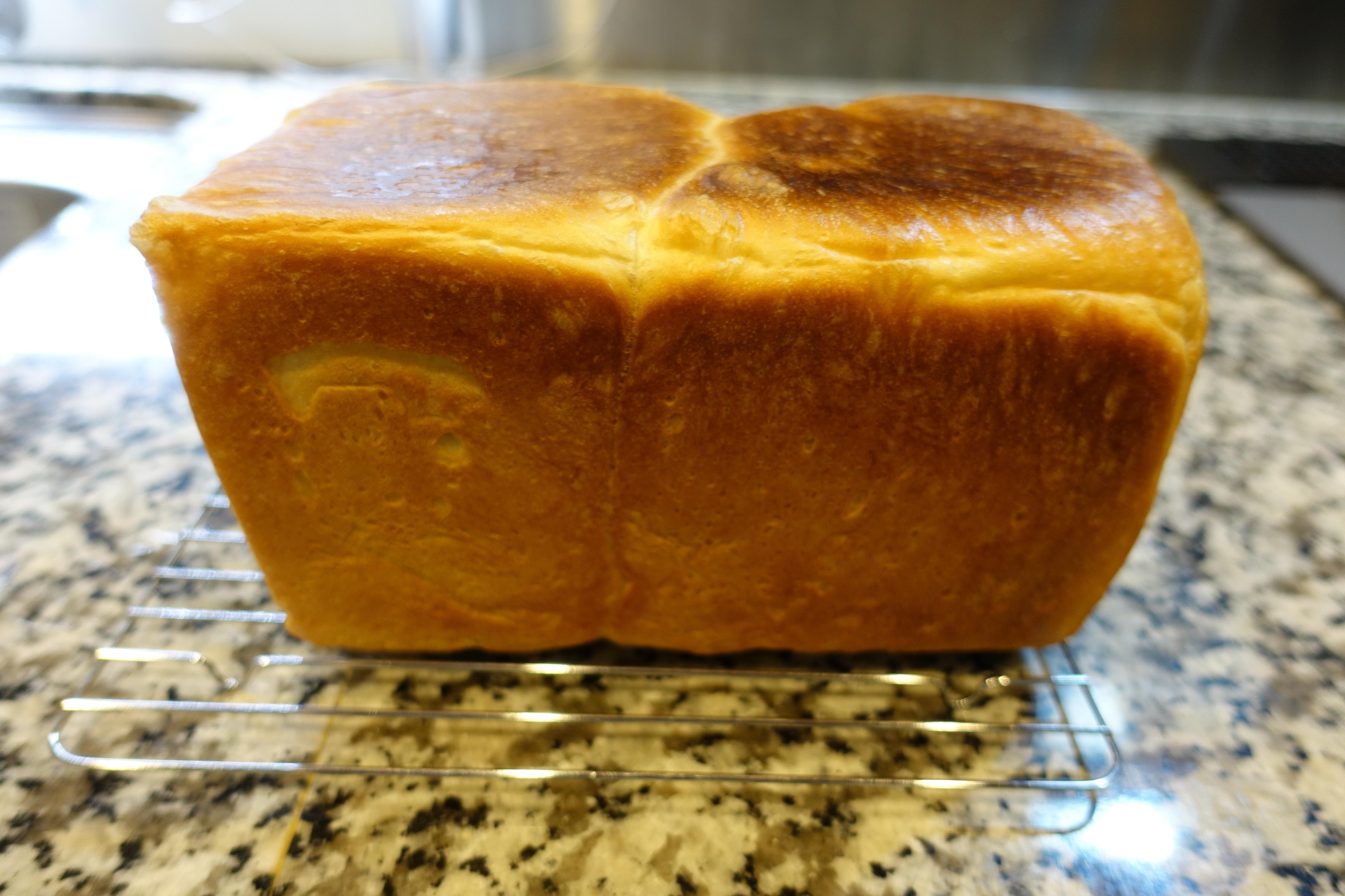 おいしい食パンを焼きました。